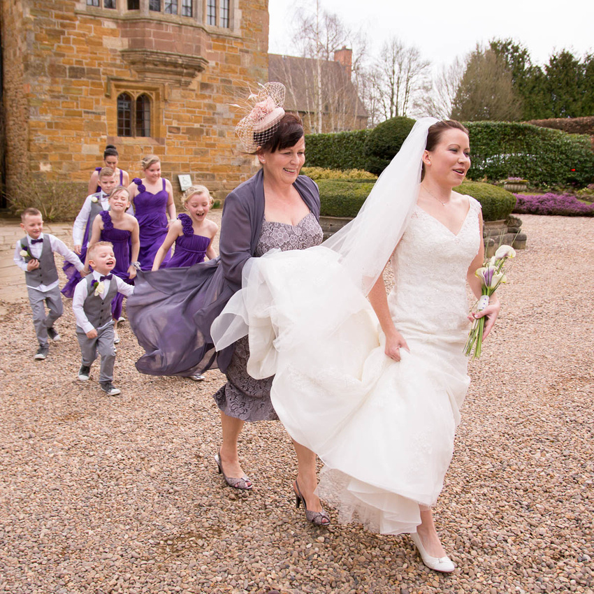 Northamptonshire wedding photographer: Wedding ceremony: The bride arrives, Ashlee at Fawsley Hall