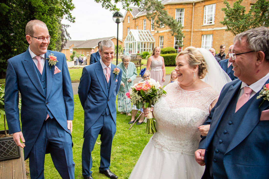 Northampton Wedding Photographer: Paul and Shelley's outdoor wedding at Sedgebrook Hall